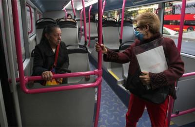 Disminuye 40 por ciento afluencia de usuarios en transporte público de CDMX