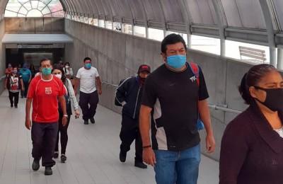 En León se incrementan pasajeros que no usan cubrebocas en el transporte público