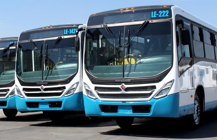 Navistar México entrega por primera vez unidades a Corporativo Transporta