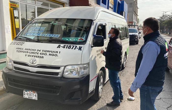 En Hidalgo intensifican operativos en unidades de transporte público