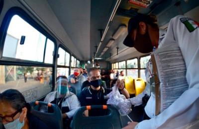 subir los tapatios al bus