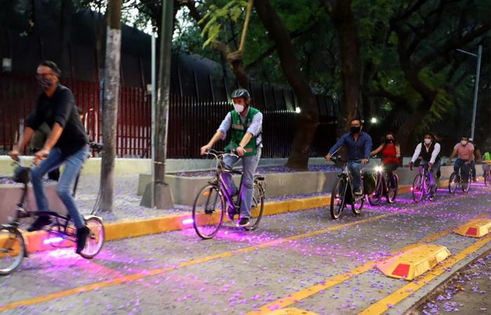 La delegación Miguel Hidalgo cuenta ya con ciclovía luminosa
