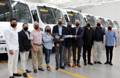 Compra Grupo Drivers 30 autobuses International a CACESA