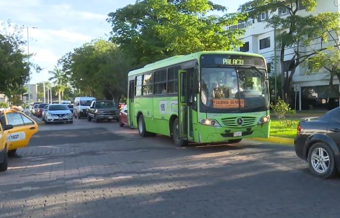 Amplían en Tabasco horario de transporte público