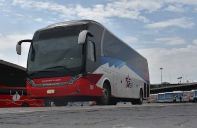 Ventas de autobuses para transporte foráneo cayeron 90% a un año de la pandemia.