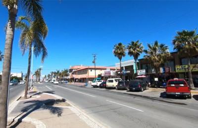Menos del 50% de los taxistas operan en la playa de Rosarito