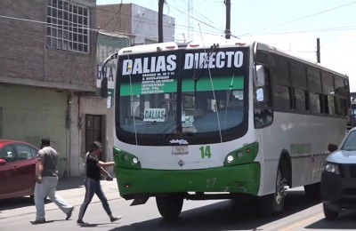 Torreón mantiene acciones sanitizantes en transporte público